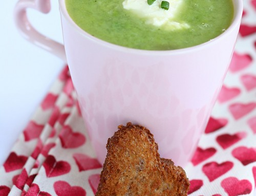Pea & Roasted Garlic Soup