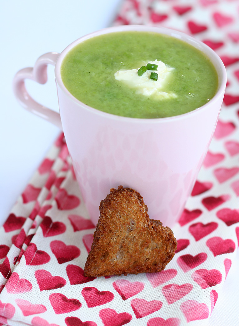 Pea-and-Roasted-Garlic-Soup-edited